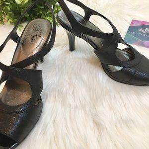 Black Life Stride High Heels Size 7.5